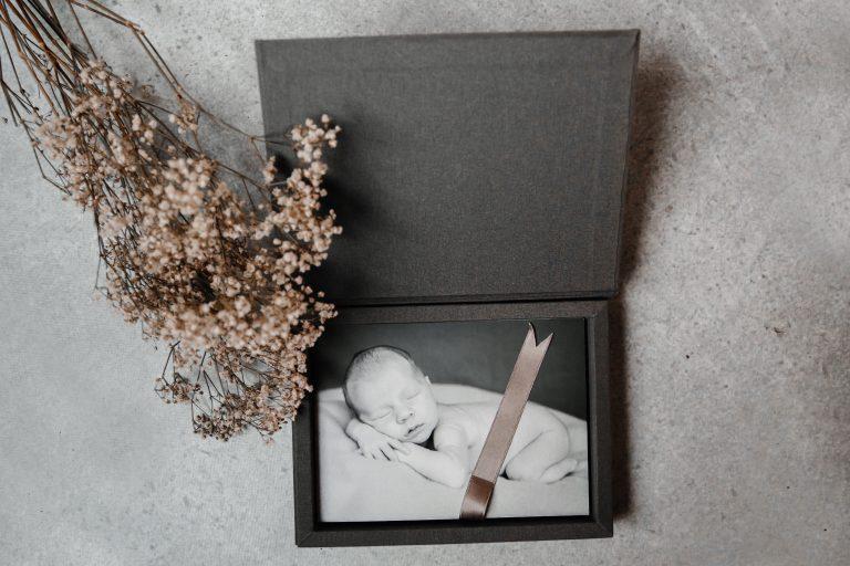 Mister Mouse, houten doosjes, fotodoosje, persoonlijk houten doosje met gravering, herinneringendoosje, harmonciaboekje, fotobox, herinneringendoos, sleutelhanger, box met prints-19
